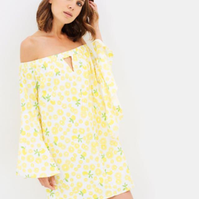 Atmos&here lemonade dress