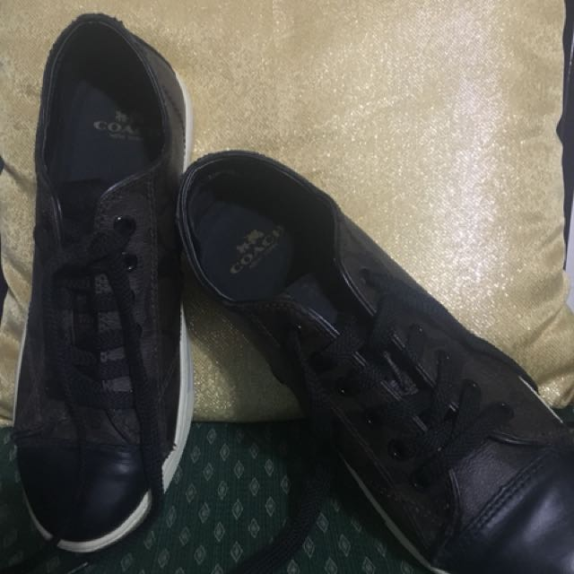 Authentic Coach brown Sneakers bought in Canada size 7.5