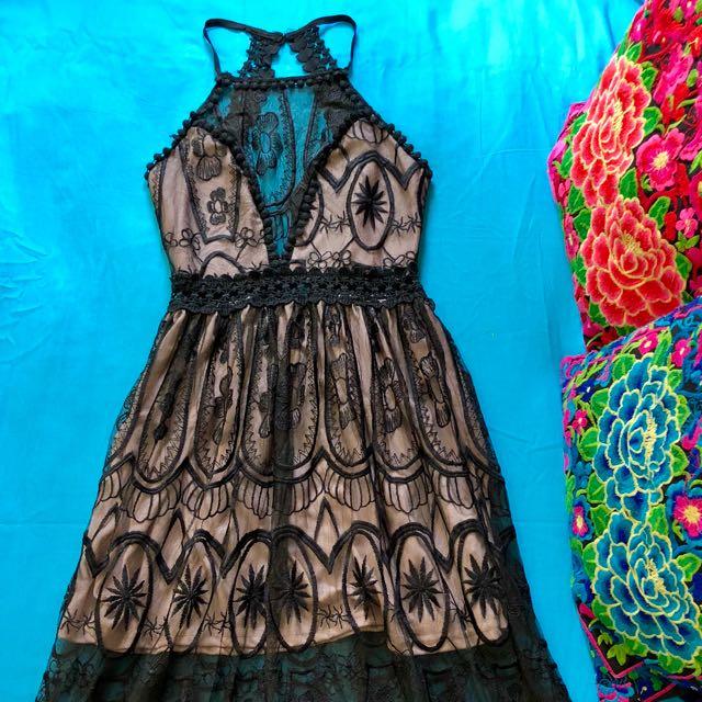 Black/Beige Lace Maxi   Size 6