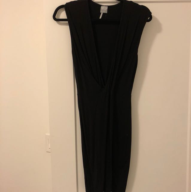Bobi low cut casual dress