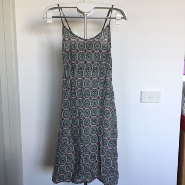 BRAND NEW WITH TAG Stretchable Summer Dress