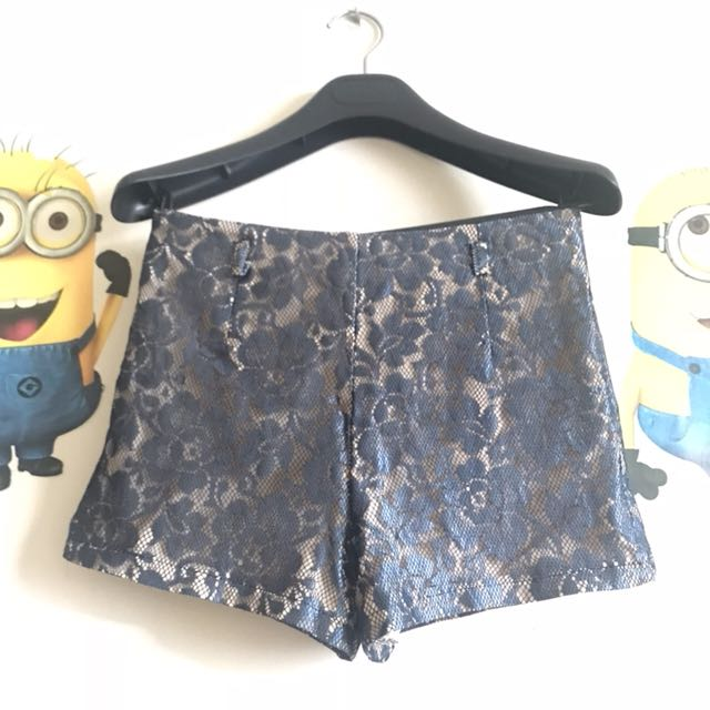 Brocade short pants