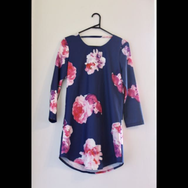 Dotti dress - size 8