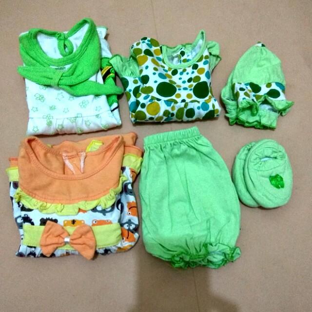 Dress baby newborn