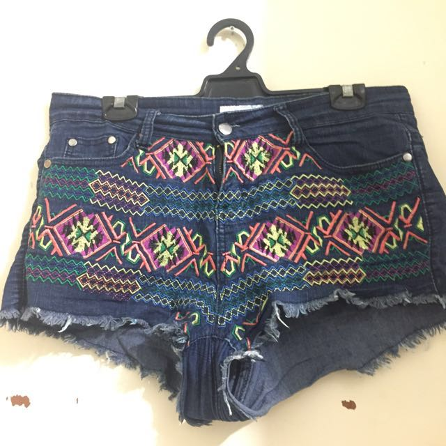 High waisted embroidered shorts