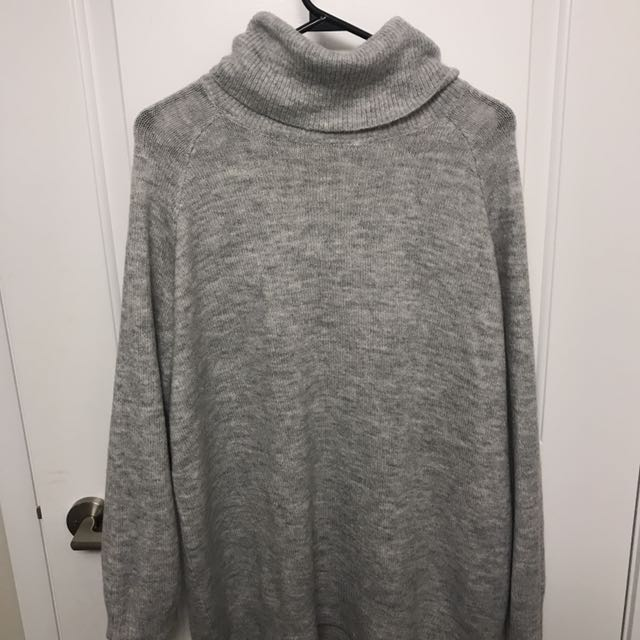 H&M Light Gray Sweater Dress