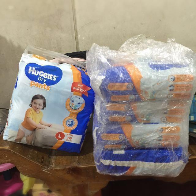 HUGGIES Dry Diapers (Pants)_Large