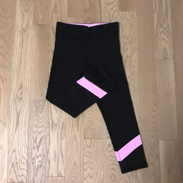 Lorna Jane - Size Small Crop Legging