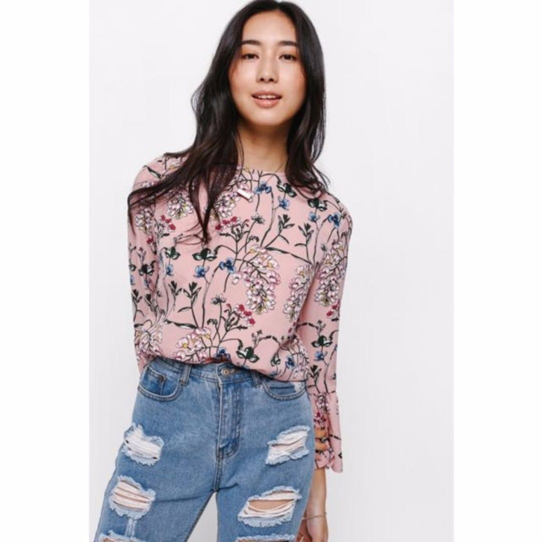 bede1114dbe Love Bonito Feldon Floral Bell Sleeve Top