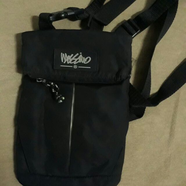 Mossimo cross body bag