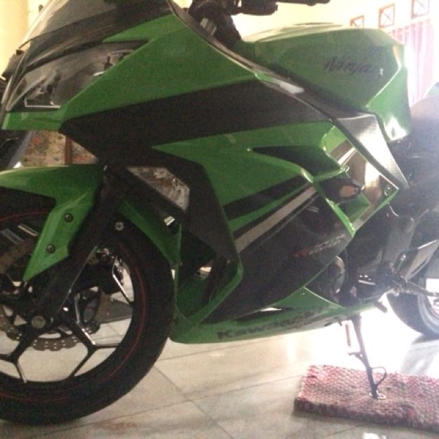 Ninja 250fi lime green (spesial edition)