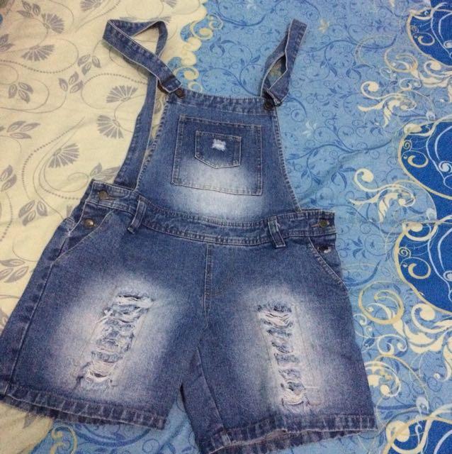 Overall jeans pendek