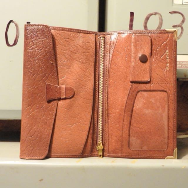 Pick pocket Leather wallet