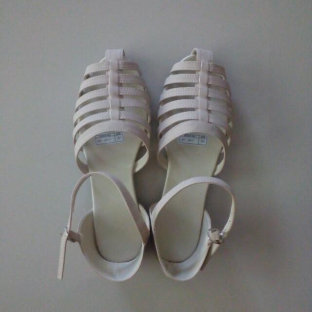 e06bb5fadee90 Home · Women s Fashion · Shoes. photo photo photo