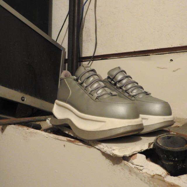 Spice up your life platform sneaker
