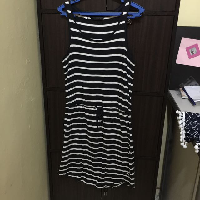 Stripes sleeveless dress