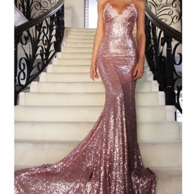 Studio minc love me formal dress