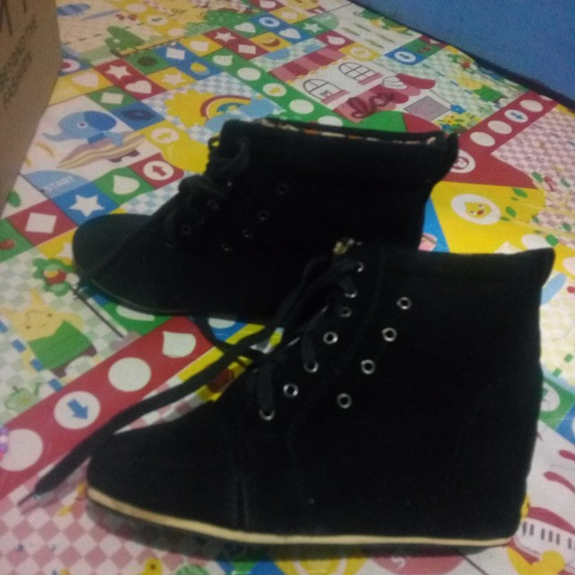 Suede Semi boots