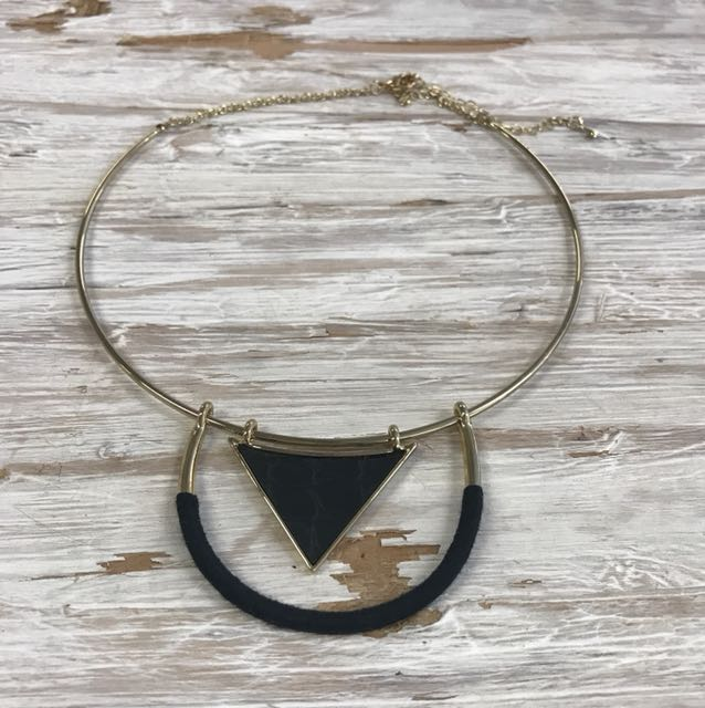 Sunfox Necklace, Black