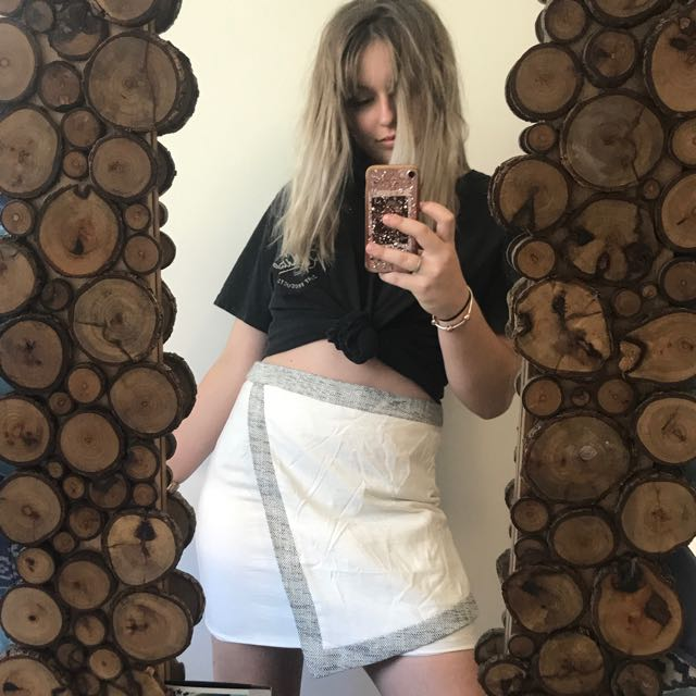 Tactile layered skirt