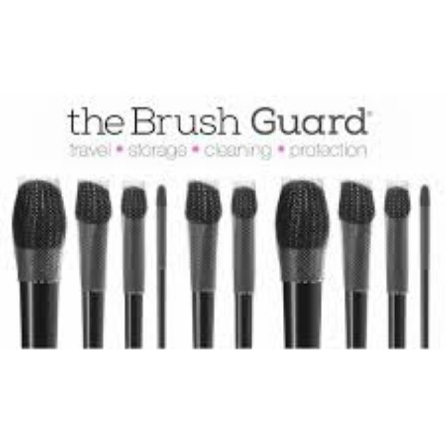 The One & Only Patented 100% Authentic & Original THE BRUSH GUARD.  For BRUSH Travel, Storage, Cleaning, Protection, Keeping Brush In Shape  RM15 FOR 6 PCS.  (2 LARGE, 2 MEDIUM, 2 SMALL)   PROMO : BUY 3 SETS FREE 1 ADDITIONAL SET