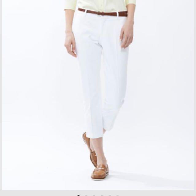 Uniqlo white cropped 7/8 pants