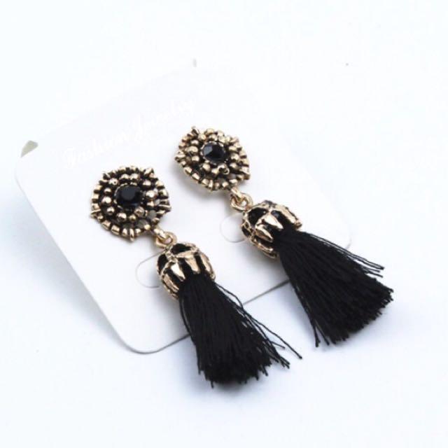Vintage Tassel Earrings (BLACK)