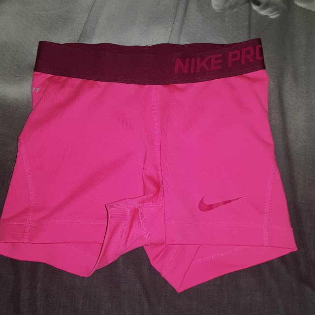 Xs nike pros excellent condition