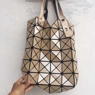 Bao bao medium bag