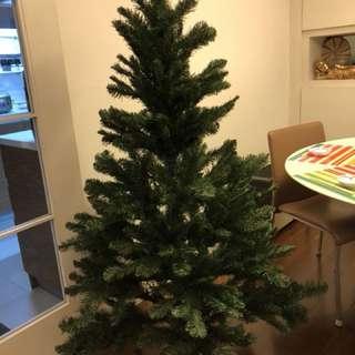 Good quality X'mas tree