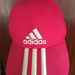 Adidas 桃紅帽子