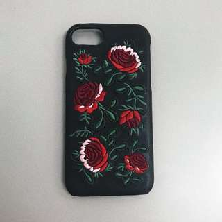 Embroidered rose iPhone 6/7 case