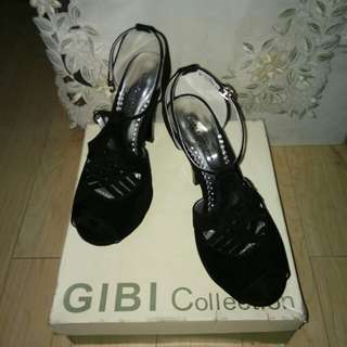 GIBI COLLECTION Black Heels