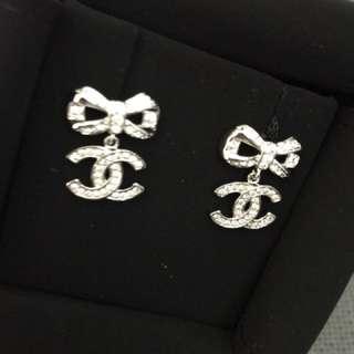 全新Chanel耳環