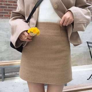 駝色毛呢短裙 S號