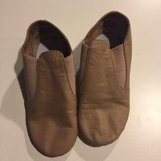 Capezio Jazz Dance Shoes (Girls size 12.5)