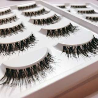 Fake Eyelashes $5/pack only!