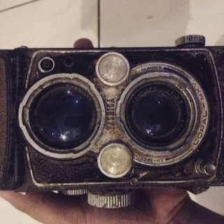 Kamera jadul buat pajangan