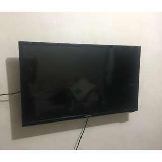 KONKA 32 INCH LED TV mint condition