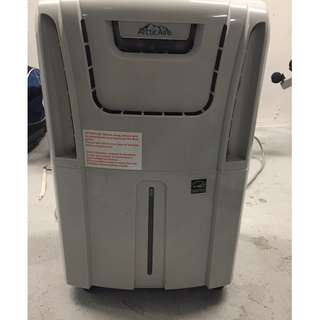 Dehumidifier/AC