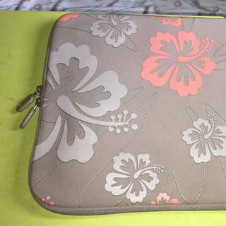 13 inch Gray Flower Print Laptop Cover Sleeves