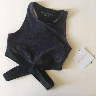 BNWT Beyond Yoga sport bra/ bralette with crisscross strips