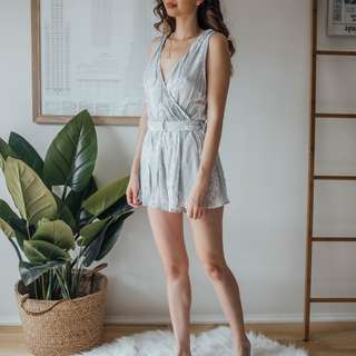 Keepsake the Label - Grey & White Cotton Playsuit ✧ Tara Milk Tea