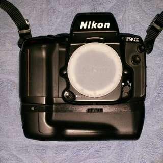 Nikon F90X body (Film SLR)