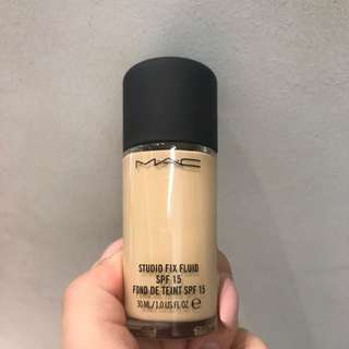 Mac Studio Fix Fluid Nc15
