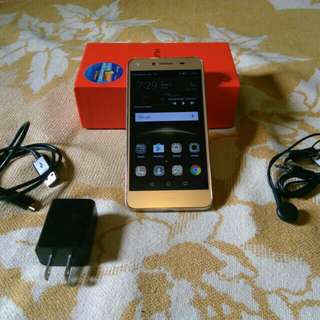 Huawei Y5ii - GOLD Edition - LTE Ready - Dual Sim - Front Camera with LED Flash - COMPLETE Package