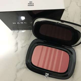 marc jacob air brush 'kink&kisses'