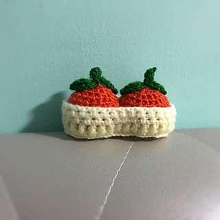 Crochet mandarin oranges w basket - mini