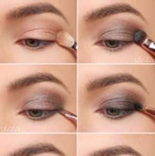 ORIGINAL Make Up Revolution Eyeshadow Palette