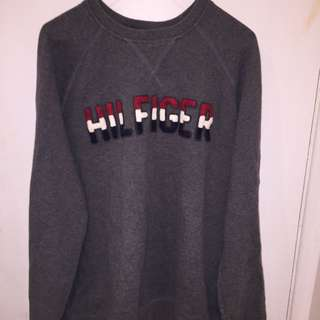 Tommy Hilfiger sweater size: large